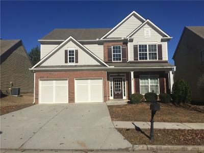 Buford Single Family Home For Sale: 2352 Jasmine Glen Drive