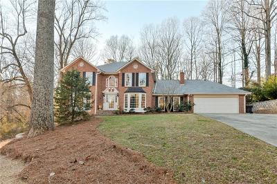 Roswell Single Family Home For Sale: 11930 Mountain Laurel Drive