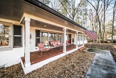 Monroe Single Family Home For Sale: 304 Pine Circle