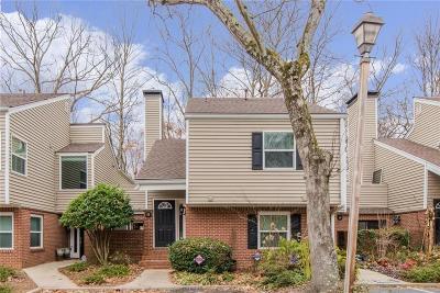Atlanta Condo/Townhouse For Sale: 53 Dunwoody Springs Drive #53