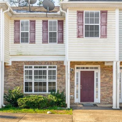 Griffin Condo/Townhouse For Sale: 219 Timber Wolf Trail
