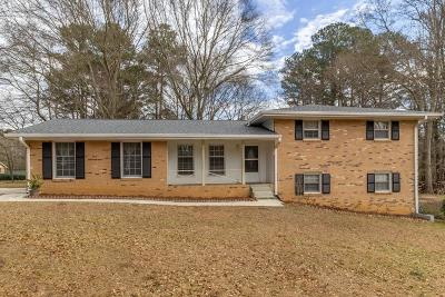 Stone Mountain GA Single Family Home For Sale: $185,000