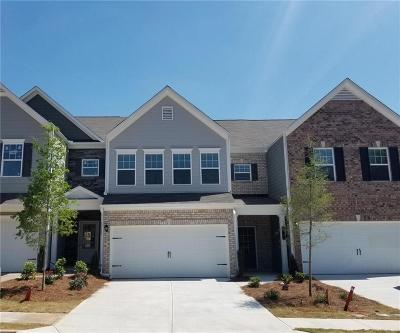 Tucker Condo/Townhouse For Sale: 6220 Thorncrest Drive