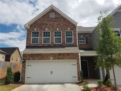 Tucker Condo/Townhouse For Sale: 6214 Thorncrest Drive