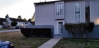 Jonesboro Condo/Townhouse For Sale: 293 Country Club Drive