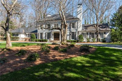 Atlanta Single Family Home For Sale: 2121 W Wesley Road NW