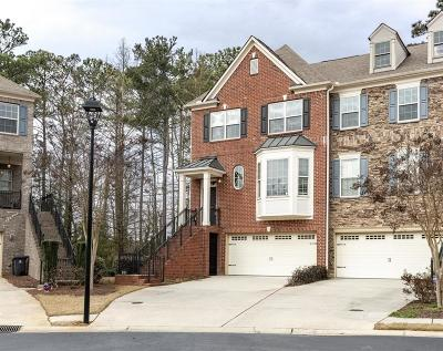 Roswell Condo/Townhouse For Sale: 5010 Manchester Circle
