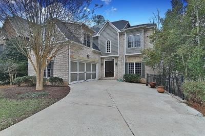 Sandy Springs Single Family Home For Sale: 585 Cliftwood Court