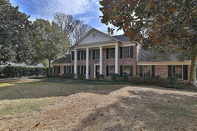 Lilburn Single Family Home For Sale: 4612 Warrior Trail SW