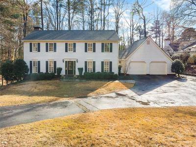 Sandy Springs Single Family Home For Sale: 6275 River Overlook Drive