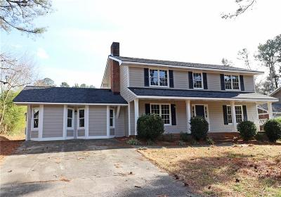 Lilburn Single Family Home For Sale: 1507 Ridgeland Court SW
