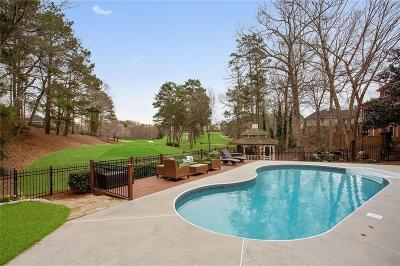 Roswell Single Family Home For Sale: 1065 Finnsbury Drive
