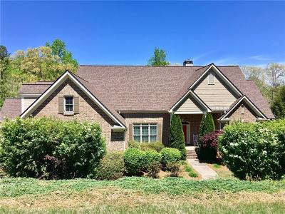 Gainesville Single Family Home For Sale: 3012 Chattahoochee Trace