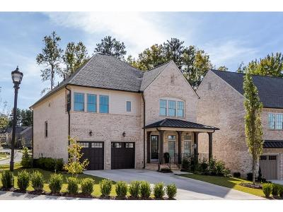 Sandy Springs Single Family Home For Sale: 6486 Canopy Drive
