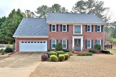 Johns Creek Single Family Home For Sale: 105 Chessington Drive