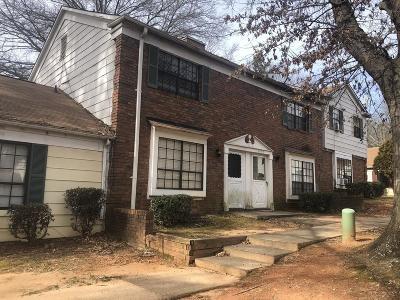Morrow Condo/Townhouse For Sale: 6593 Sleepy Hollow Lane