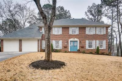 Marietta Single Family Home For Sale: 2250 Rushmore Drive