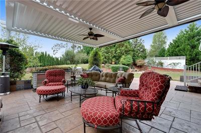 Suwanee Single Family Home For Sale: 1022 Heathchase Drive
