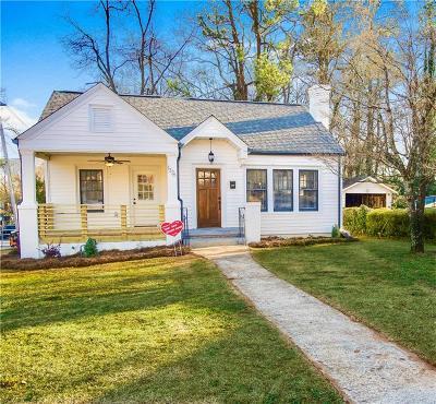 Atlanta Single Family Home For Sale: 1376 Winburn Drive