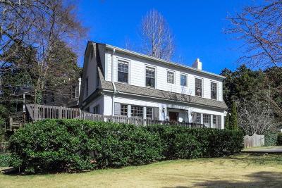 Atlanta Single Family Home For Sale: 155 E Lake Drive SE