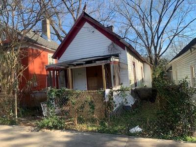 Atlanta Single Family Home For Sale: 964 Coleman Street SW