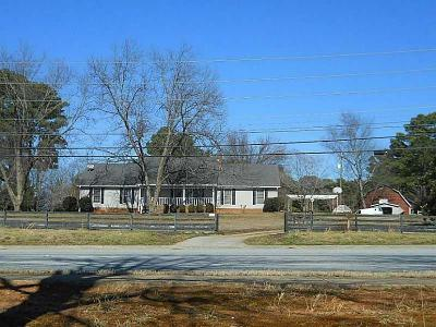 Lawrenceville Single Family Home For Sale: 1401 Lawrenceville Suwanee Road