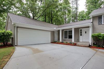 Sandy Springs Single Family Home For Sale: 7150 Dunhill Terrace