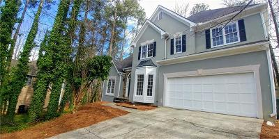 Alpharetta  Single Family Home For Sale: 110 Ashewoode Downs Lane