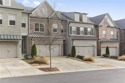 Roswell Condo/Townhouse For Sale: 10176 Windalier Way