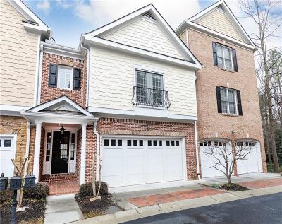 Atlanta Condo/Townhouse For Sale: 5492 Glenridge Drive #544