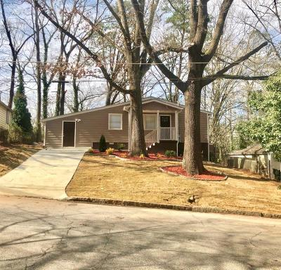Fulton County Single Family Home For Sale: 3095 McKenzie Road