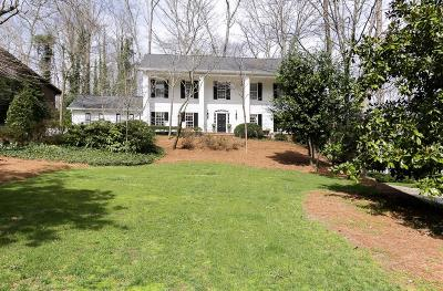 Sandy Springs Single Family Home For Sale: 615 Bridgewater Drive