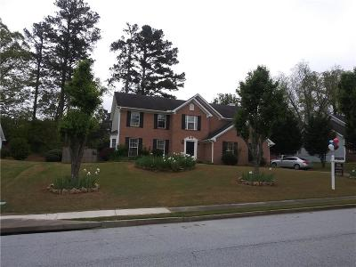 Lawrenceville Single Family Home For Sale: 415 Madison Chase Drive