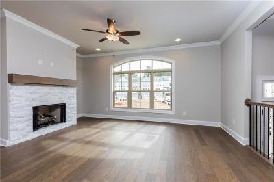 Johns Creek Condo/Townhouse For Sale: 7910 Laurel Crest Drive