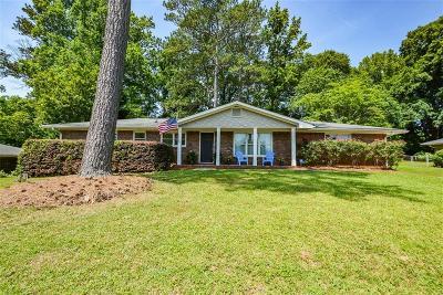 Smyrna Single Family Home For Sale: 3820 Highview Terrace SE