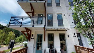 Woodstock Condo/Townhouse For Sale: 300 Liberty Way #38