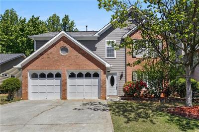 Alpharetta  Single Family Home For Sale: 4760 Weathervane Drive