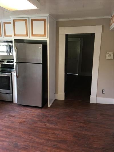 Loganville Single Family Home For Sale: 2695 Broadnax Mill Road