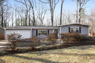 Chamblee Single Family Home For Sale: 2106 Plantation Lane