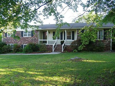 Marietta Single Family Home For Sale: 2130 Groover Road