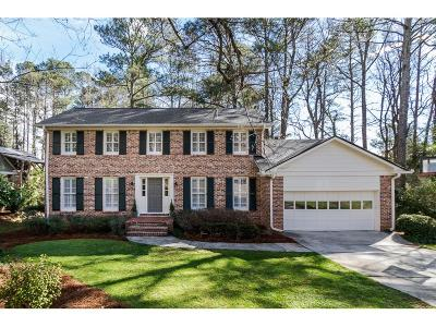 Dunwoody Single Family Home For Sale: 1514 Holly Bank Circle