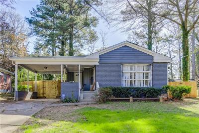 East Point Single Family Home For Sale: 2662 Plantation Drive