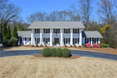 Sandy Springs Single Family Home For Sale: 335 Glen Lake Drive