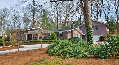 Gainesville Single Family Home For Sale: 1372 Springdale Drive