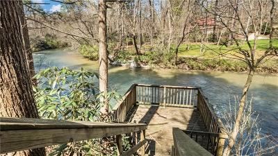 White County Single Family Home For Sale: 858 River Forest Run