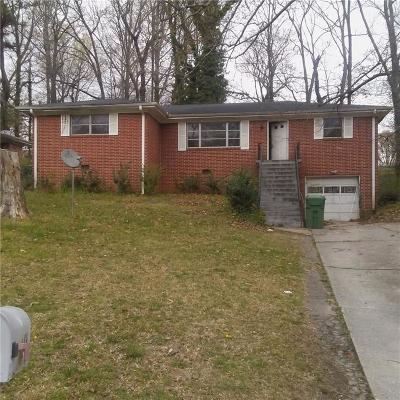 Atlanta GA Single Family Home For Sale: $129,000