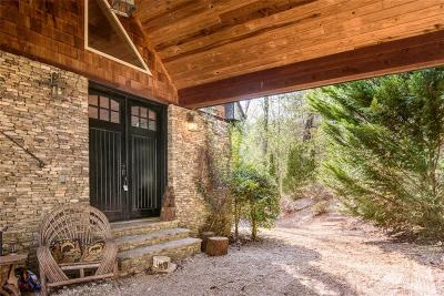 Habersham County Single Family Home For Sale: 1424 Soque Wilderness Lane