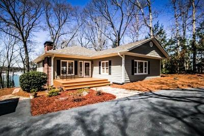 Flowery Branch Single Family Home For Sale: 6705 Crestwood Peninsula