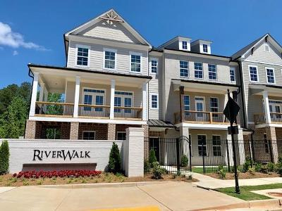 Roswell Condo/Townhouse For Sale: 1060 River Ridge Boulevard