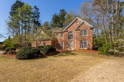 Kennesaw Single Family Home For Sale: 3851 Westwick Way NW